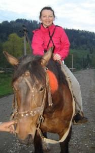 Лариса на коні3