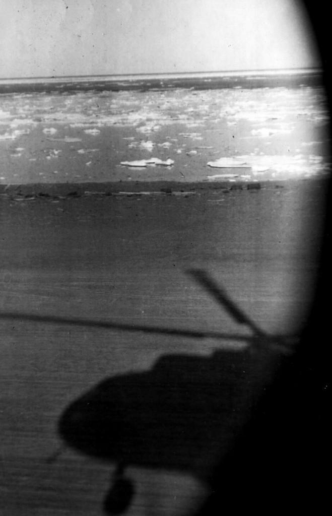 тень вертолета